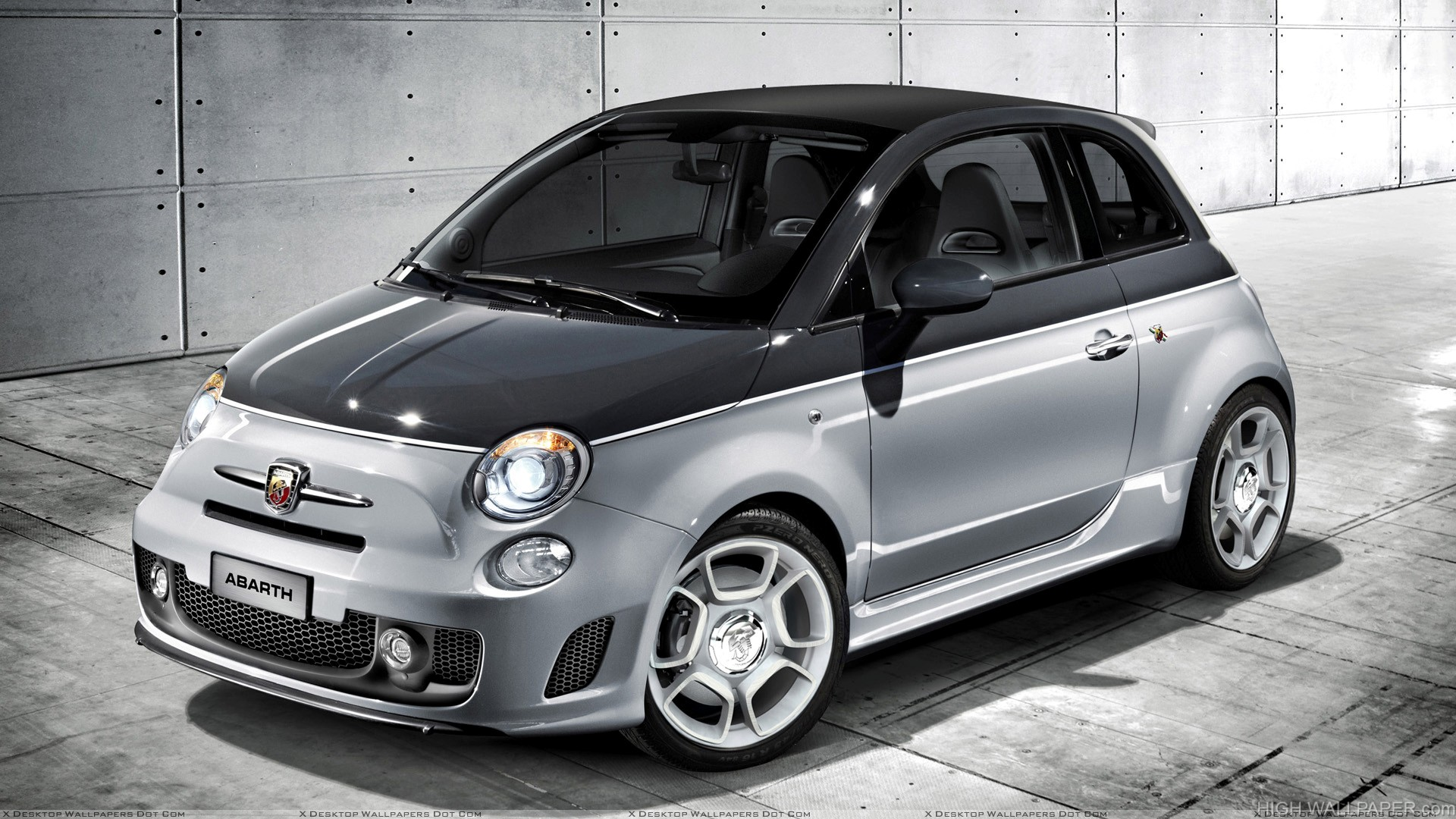 2010 Abarth 500C Side Front Pose In Black N Silver