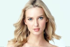 Adriana Cernanova Cute Eyes Sweet Face Photoshoot
