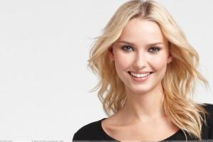 Adriana Cernanova Sweet Smiling N Cute Eyes Face Photoshoot