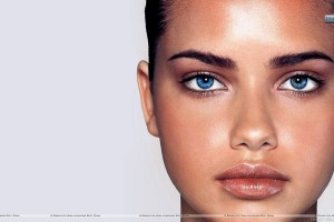 Adriana Lima Blue Eyes Face Closeup