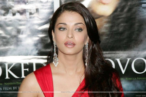 Aishwarya Rai Saying Something In Red Dress