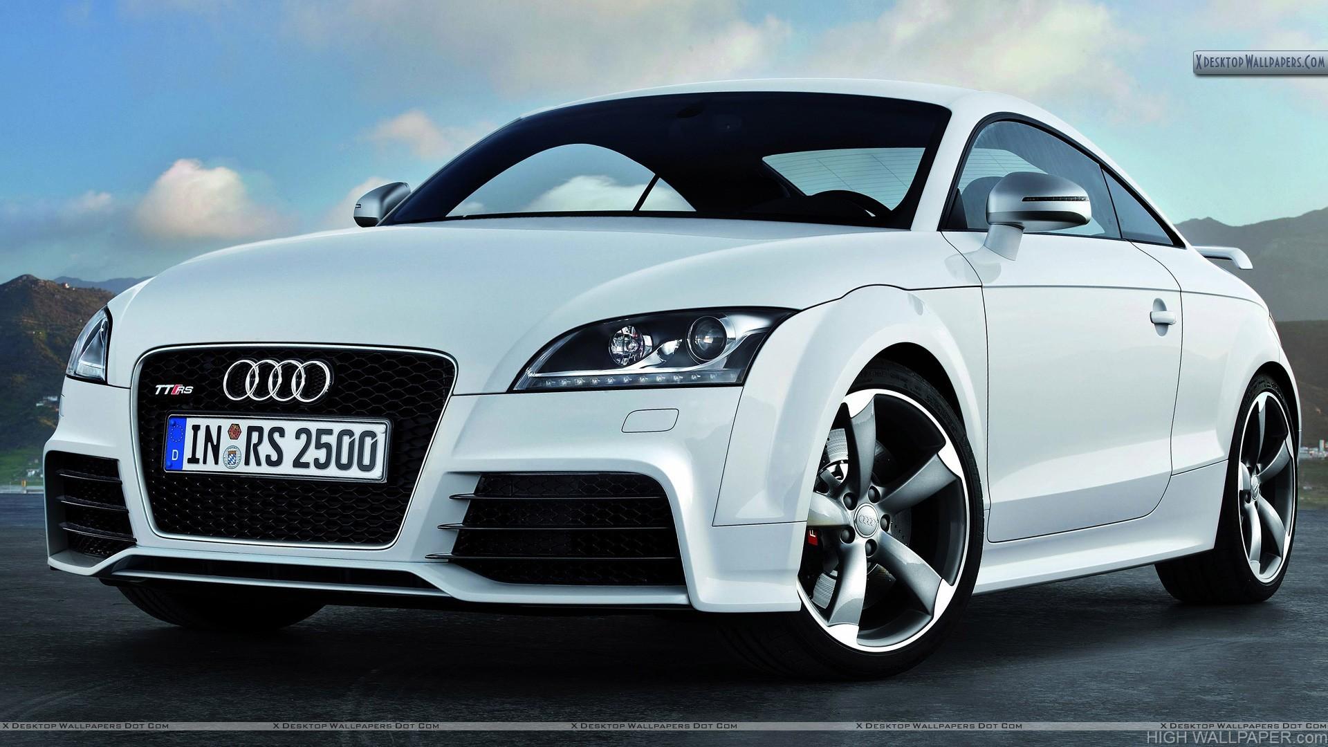 Audi TT RS White Color Front Pose