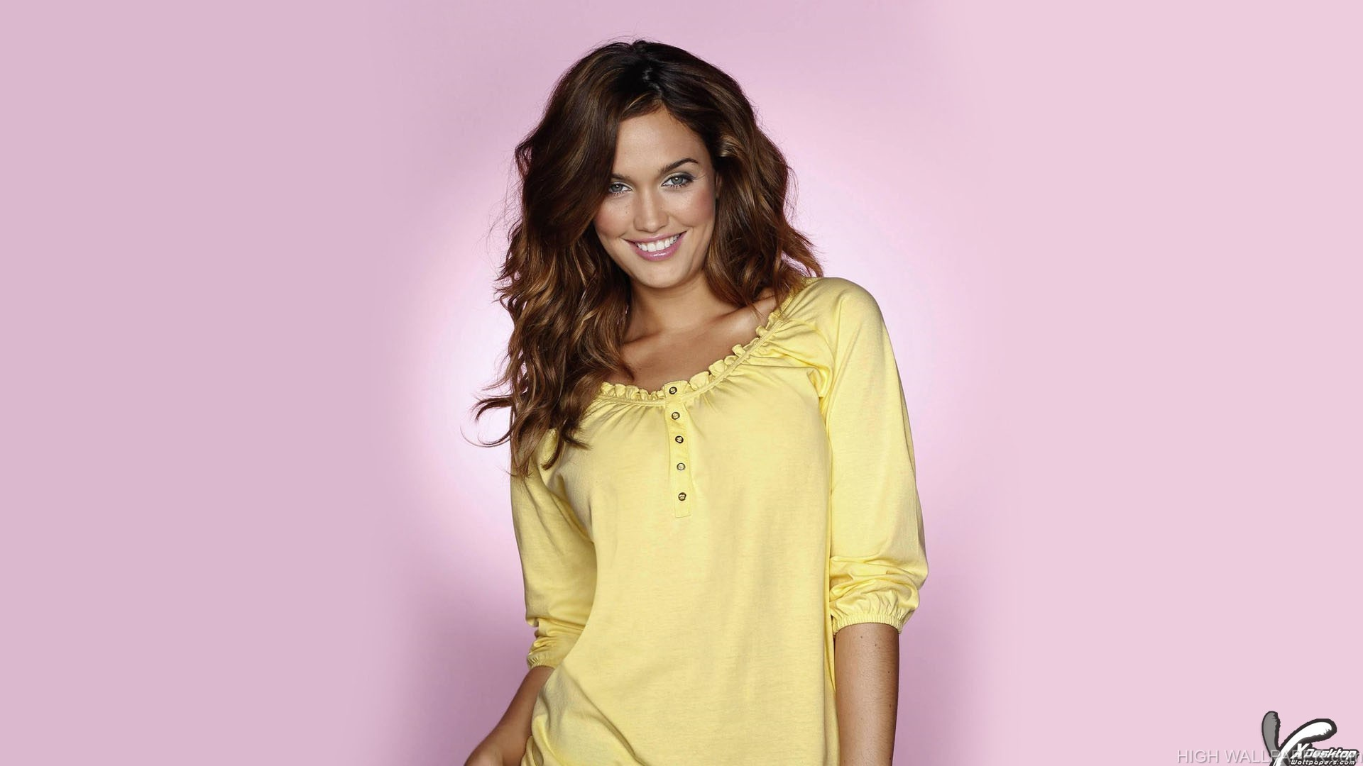 Bailey Nortje Wearing Yellow Top Smiling