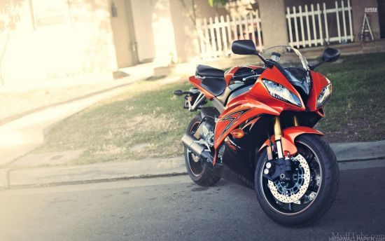 Orange R15 Yamaha