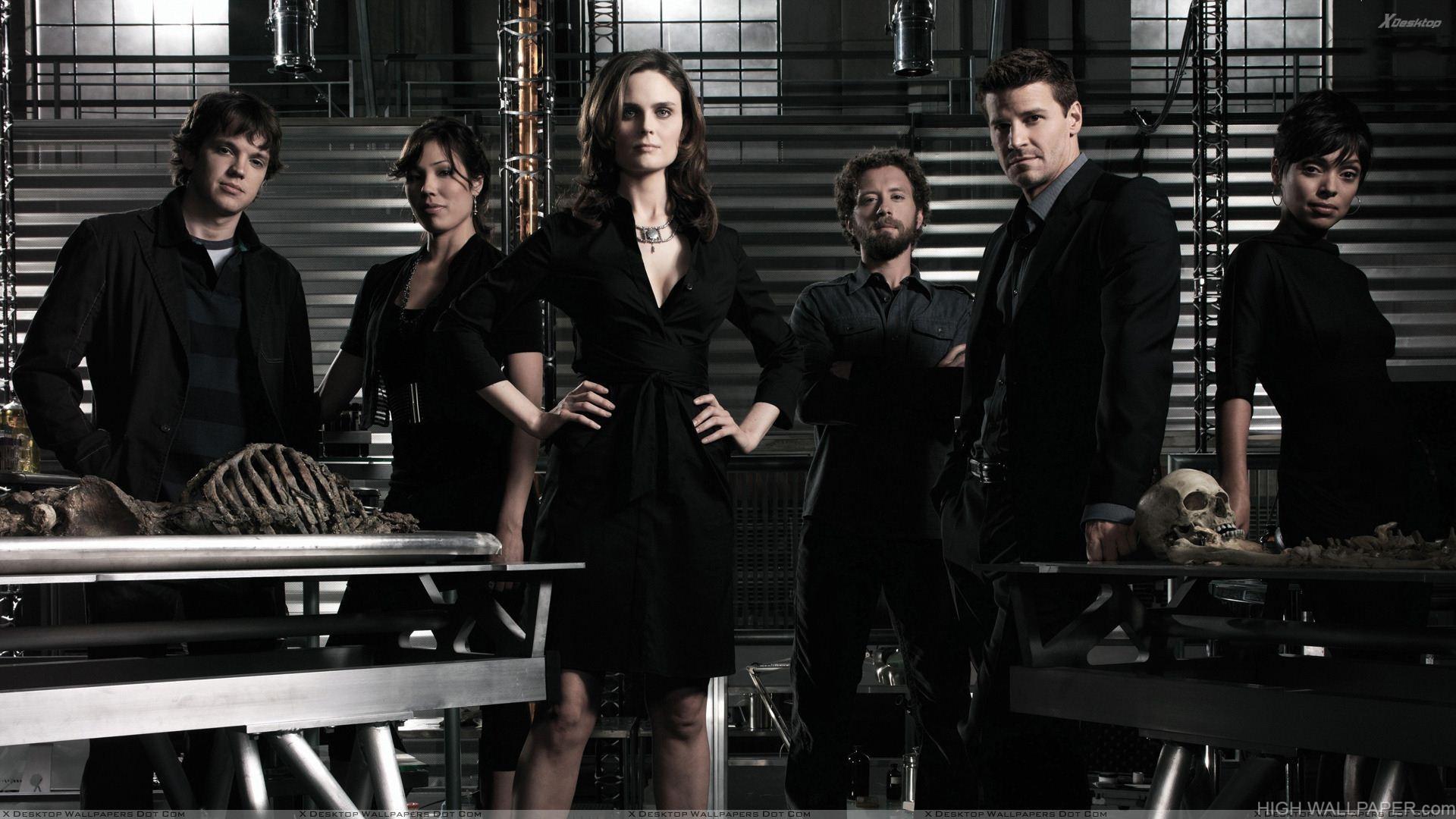 Bones Characters Wearing Black Dress