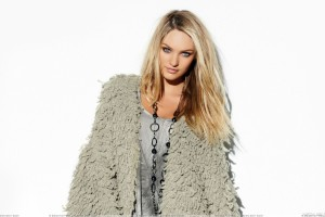 Candice Swanepoel Smiling In Fur Dress