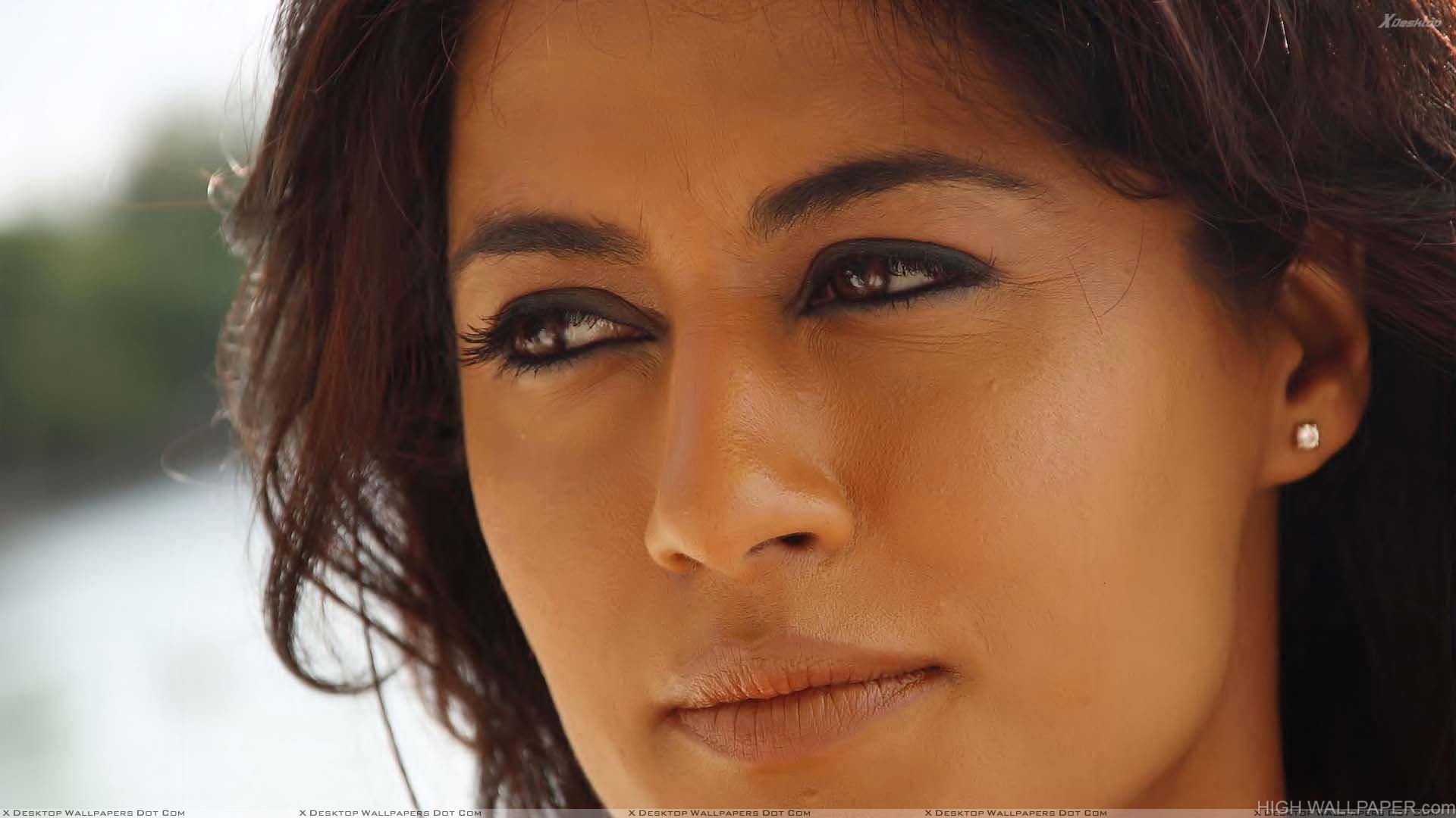 chitrangada singh cute face closeup hd wallpaper