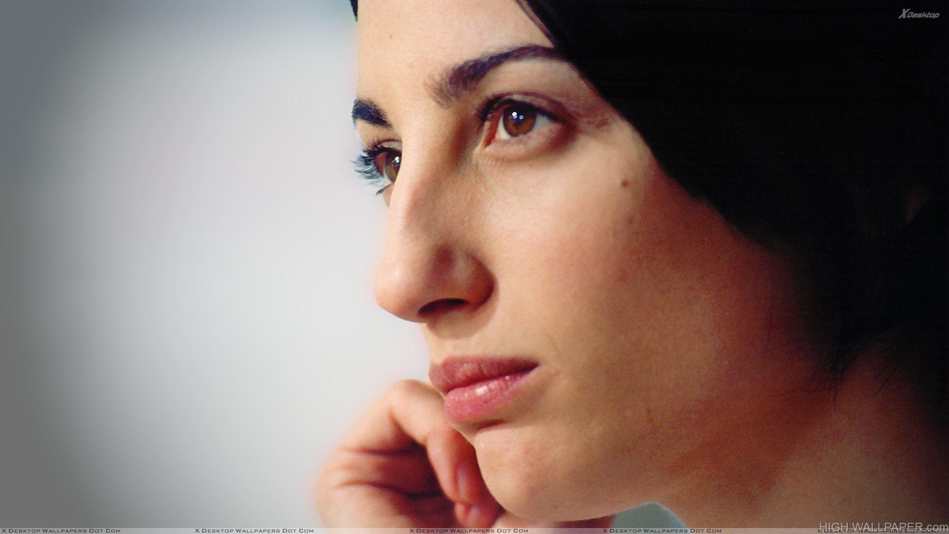 Francesca Inaudi Pink Lips Side Face Closeup