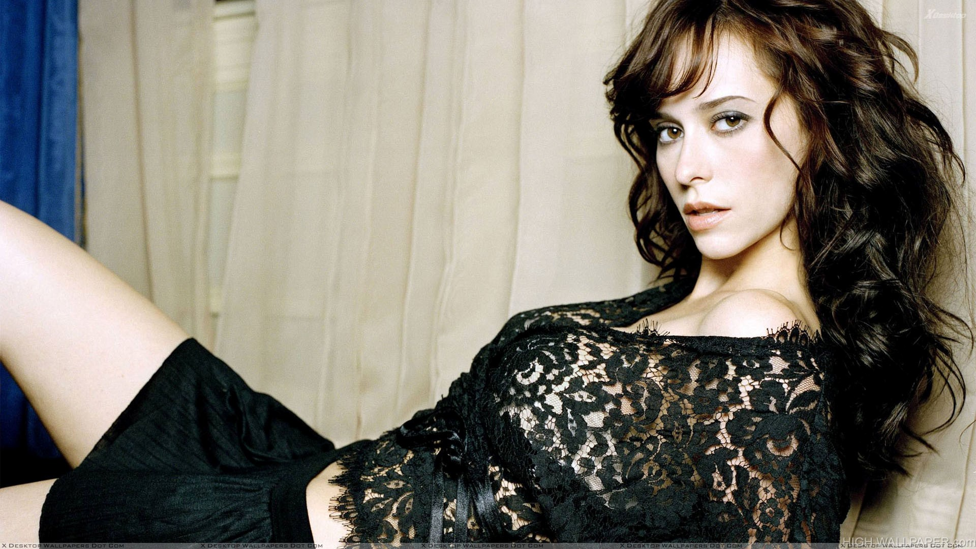 Jennifer Love Hewitt Laying Pose In Black Transparent Dress