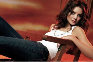 Katie Holmes Sexy Sitting On Wooden Chair In White Top N Blue Jeans