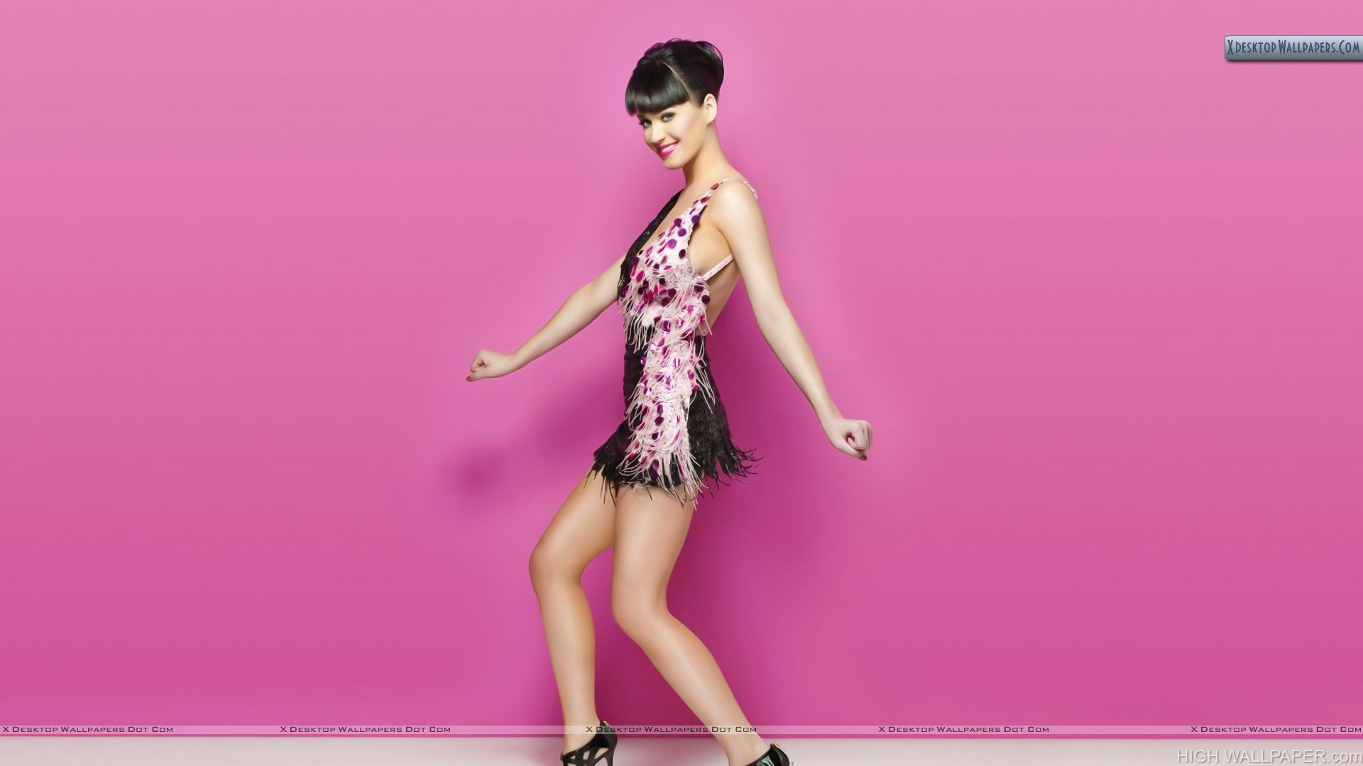 Katy Perry Pink Wall Awesom Dress