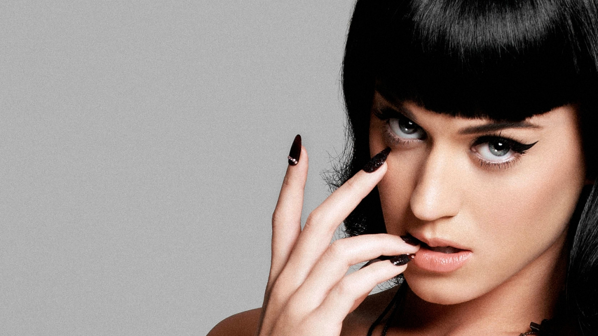 Katy-Perry-Stunning-Wallpaper