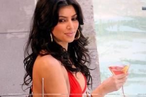 Kim Kardashian Red Wine In Hand