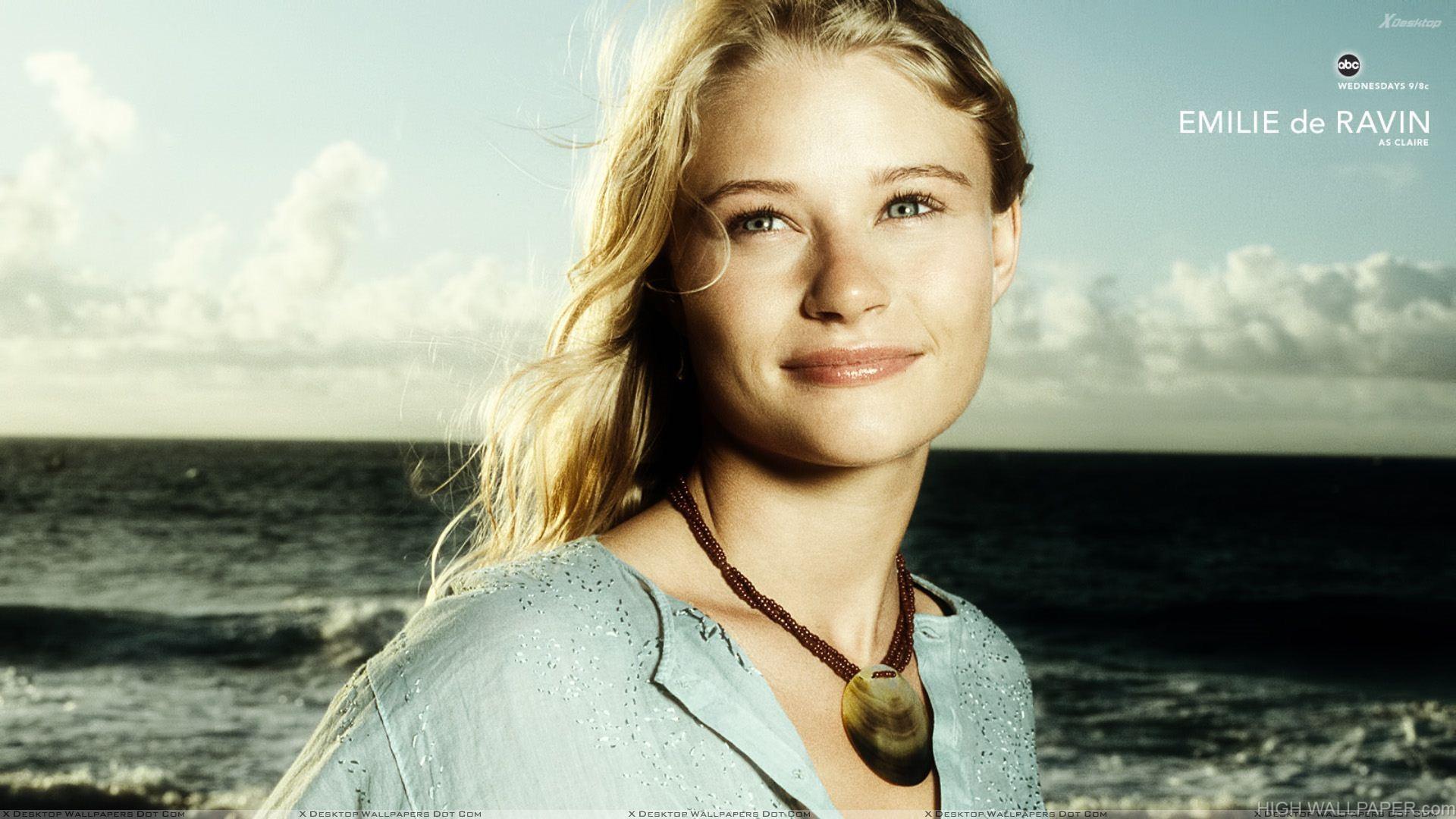Lost   Emilie de Ravin Smiling Cute Face