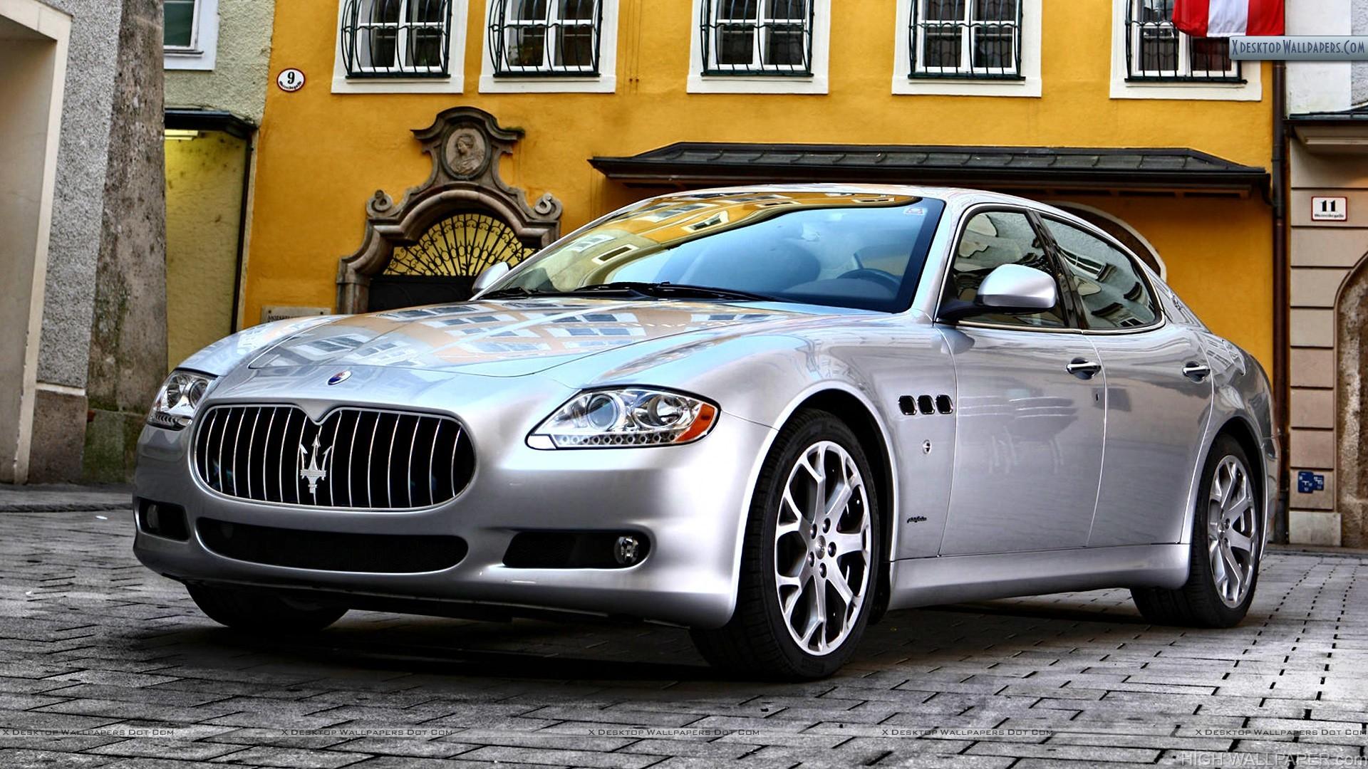 Maserati Quattroporte Front Pose Silver Color