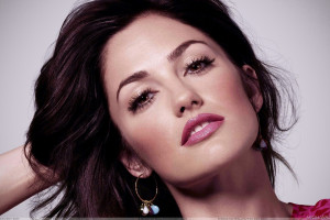 Minka Kelly Pink Lips And Sexy Face Photoshoot