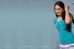 Parvati Vaze Cute In Green Top