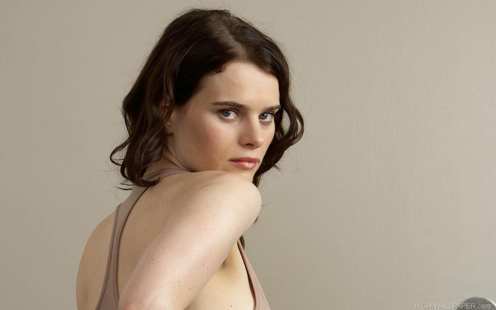 Rebecca Palmer Nude Photos 39