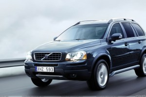 Running Fast 2009 Volvo XC90 In Black