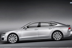 Side Pose of Audi A7 Sportback in Silver Color