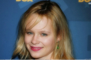Thora Birch Smiling In Pink Lips And Golden Hairs